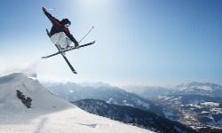 Skigebiet Harrachov Skifahrer