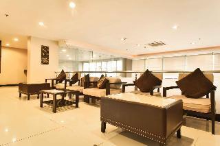 Boss Suites Nana Hotel