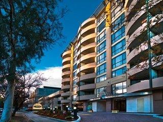 Medina Serviced Apartments Canberra James Court