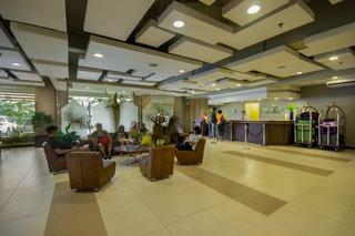 Microtel Inn & Suites by Wyndham Manila