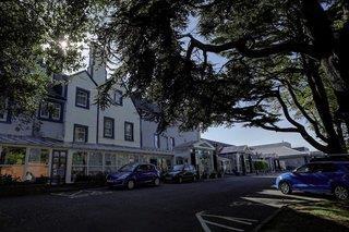 Best Western Kings Manor Hotel
