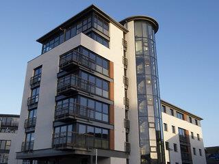 Fountain Court - EQ2 Apartments