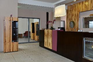 mi1A Business Hotel
