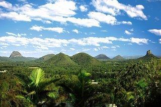 Glasshouse Mountains Ecolodge