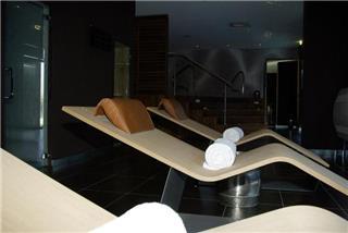 Residhome Appart Hotel Suites Paris Senart - Lieusaint