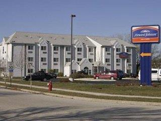 Howard Johnson Inn & Suites Elk Grove Village OHare