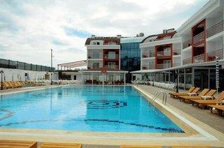Side Legend Hotel