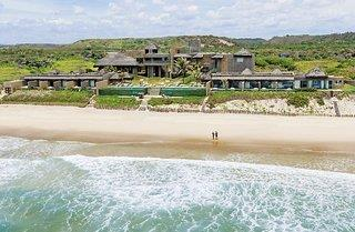 Kenoa Beach & Spa Resort