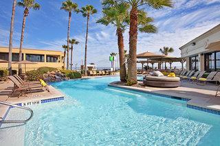 Holiday Inn on the Beach