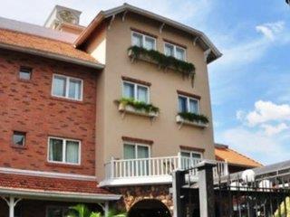 Villa Morra Suites Hotel