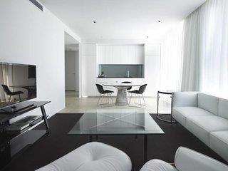 Burbury Hotel & Apartments Canberra
