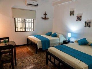 Hostal Villa64