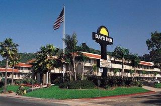 Days Inn & Suites Seaworld / Airport San Diego