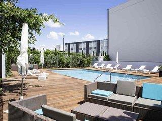 Novotel Bordeaux Le Lac Hotel