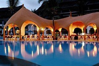 Kurzsafari Tsavo Ost & Komforthotel Southern Palms Beach Resort