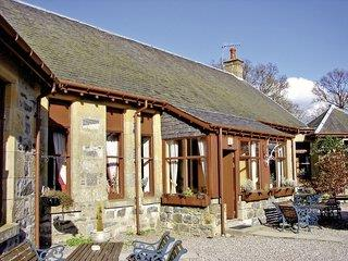 Highland Country Cottages