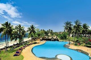 Tsavo & Zug Erlebnis + Mittelklasse-Hotel Reef Beach Hotel