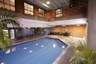 Best Western Plus Toronto Airport Mississauga Hotel