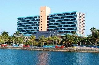 Gran Caribe Puntarena Beach Fun & Playa Caleta Salsa Club