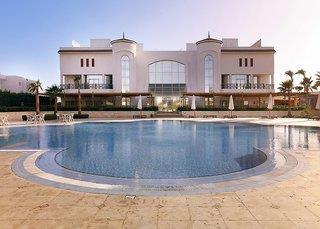 Cyrene Island Resort
