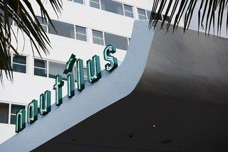 Nautilus a Sixty Hotel