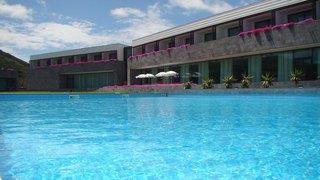 Graciosa Resort & Business