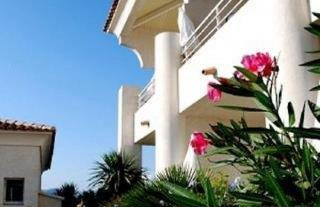Le Bella Vista Residence