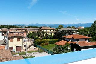 Meet Garda Lake Hostel