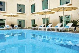 Hilton Garden Inn Dubai Mall Of The Emirates In Dubai Zum Tiefstpreis Buchen